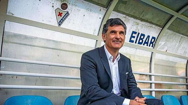 Mendilibar Eibar dugout